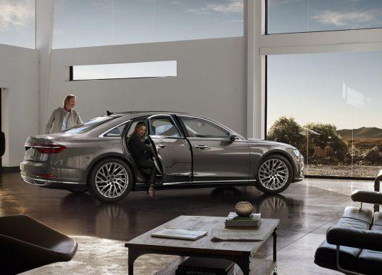 Pourquoi l'Audi A8 est  classée parmi les voitures les plus sophistiquées?
