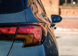 Feux arrière de voiture: pourquoi sont-ils importants? comment fonctionnent-ils? Comment les remplacer?